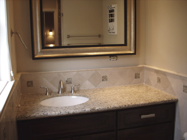 4513 humingbird bath sink Houston Texas real estate