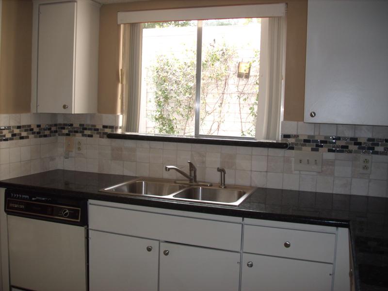 4519 Acacia Bellaire kitchen sink