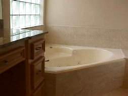 whirl pool tub of master bath of home in Bellaire TX